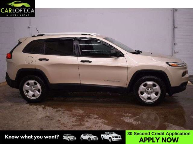 2014 JEEP CHEROKEE SPORT 4X4 - BACKUP CAM * HTD SEATS * HTD STEERING in Kingston, Ontario