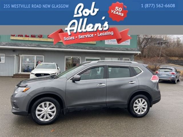 2015 Nissan Rogue S  AWD in