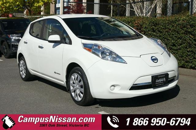 2016 Nissan Leaf  S  FWD w QuickCharge in