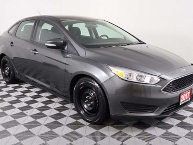 2017 FORD Focus SE w/REMOTE START, HEATED SEATS AND STEERING WHEEL in Huntsville, Ontario