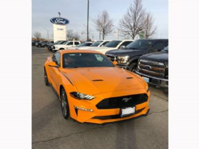 2018 FORD MUSTANG EcoBoost PREMIUM w/Navigation +++ in Mississauga, Ontario