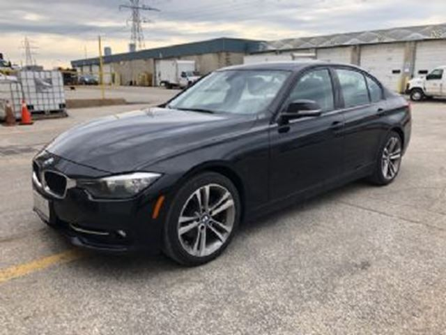 2016 BMW 3 SERIES 320i xDrive w/SPORT LINE PACKAGE in Mississauga, Ontario