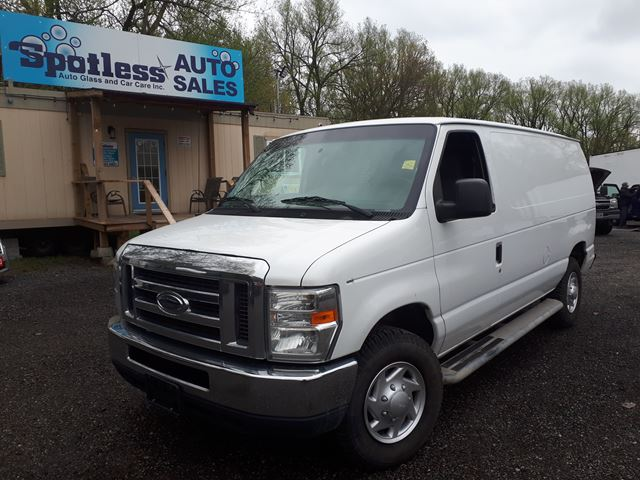 2011 FORD Econoline Commercial in Whitby, Ontario