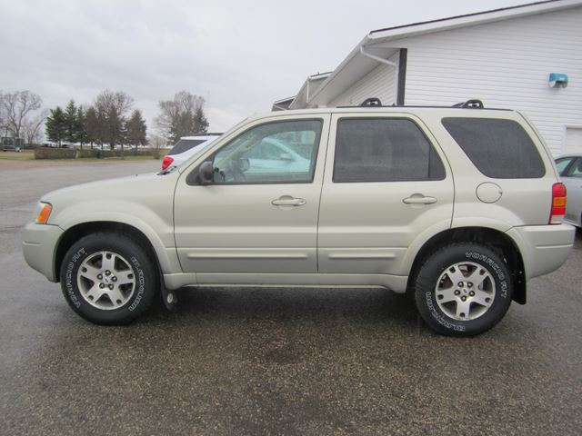 2003 Ford Escape Limited in Melfort, Saskatchewan