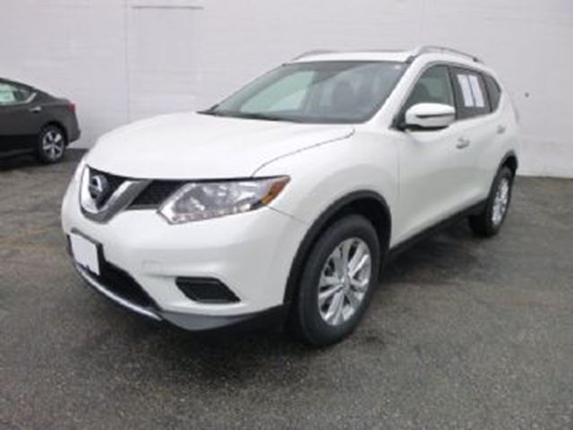 2016 NISSAN Rogue AWD SL in Mississauga, Ontario