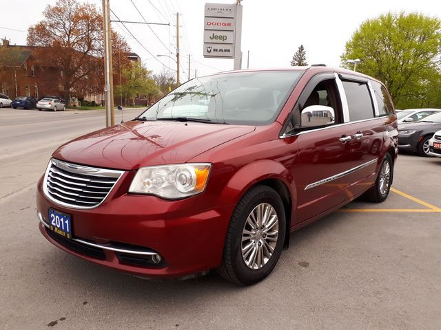 2011 Chrysler Town and Country Limited in
