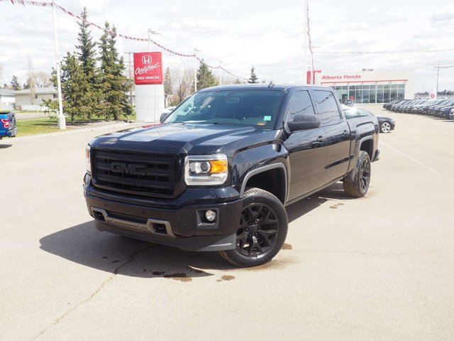 2014 GMC Sierra 1500 SLT K1500. Accident Free. Bose Audio. Heated Steering Wheel and Leather Seats. Back-up Cam. Dual Climate. Park Assist. HomeLink. in Edmonton, Alberta