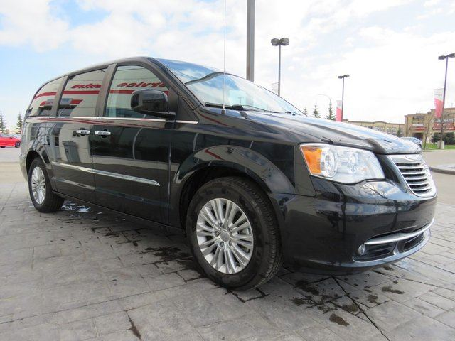 2016 CHRYSLER TOWN AND COUNTRY Premium*Power Stow & Go, DVD, Heated Steering* in Airdrie, Alberta