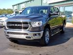 2019 Dodge RAM 1500 Big Horn CLEAN CARFAX/CREW CAB/4X4/REMOTE START/TONNEAU COVER/TOW PACKAGE/RUNNING BOARDS in Lower Sackville, Nova Scotia