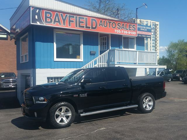 2013 DODGE RAM 1500 Sport Crew Cab 4x4 **Leather/Sunroof/Navigation** in Barrie, Ontario