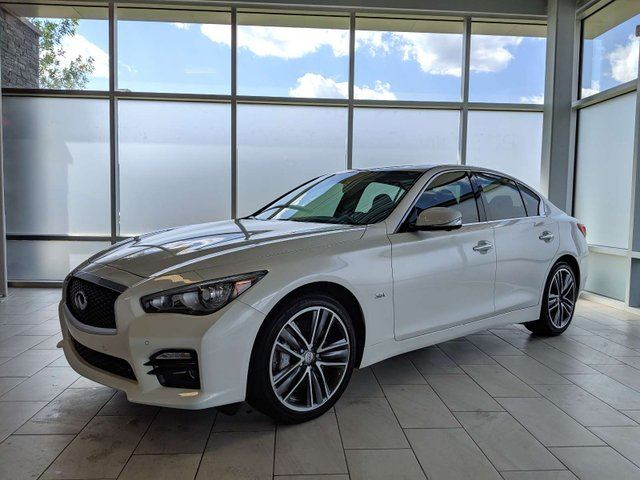 2016 INFINITI Q50 ALL WHEEL DRIVE/SPORT DRIVER ASSIST/BLIND SPOT/NAVIGATION/HEATED SEATS in Edmonton, Alberta