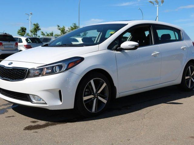 2017 KIA Forte EX Accident Free, Leather, Sunroof, Back-up Cam, Bluetooth, A/C, - Used Kia Dealer in Sherwood Park, Alberta
