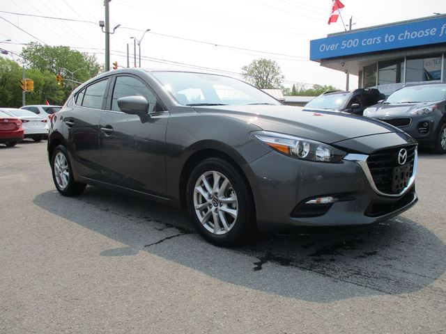 2018 MAZDA MAZDA3 GS POWER SUNROOF, BACK UP CAM, HEATED SEATS!!! in North Bay, Ontario