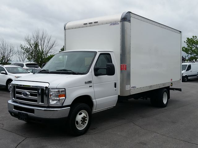 2018 Ford E-450 Cube Van in