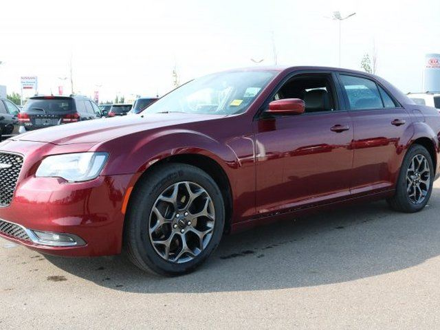 2018 CHRYSLER 300 AWD S Accident Free, Leather, Heated Seats, Back-up Cam, A/C, - Used Chrysler Dealer in Sherwood Park, Alberta