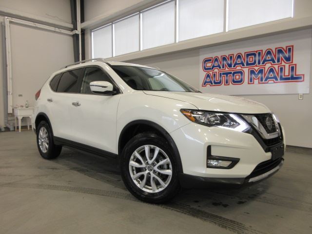 2019 Nissan Rogue SV AWD, HTD. SEATS, BT, CAMERA, 14K! in