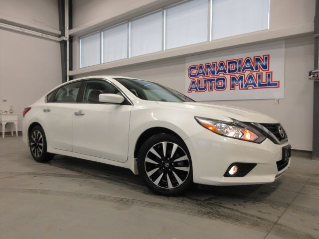2018 Nissan Altima SV, HTD. SEATS, BT, CAMERA, 57K! in