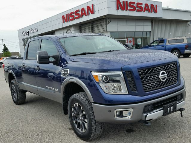 2016 Nissan Titan XD PRO-4X 4x4 Cummins DIESEL w/all leather,NAV,climate control,rear cam, in