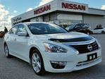 2015 Nissan Altima 2.5 SV w/NAV,climate control,heated seats,pwr sunroof,rear cam in Cambridge, Ontario