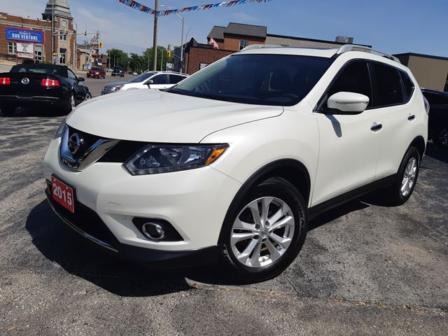 2015 NISSAN ROGUE SV,PANORAMIC SUN ROOF,HEATED POWER SEAT,ALLOY WHEELS,BACK UP CAMARA in Dunnville, Ontario