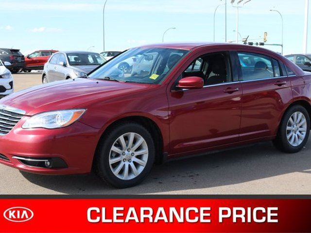 2014 Chrysler 200 TOURING Accident Free, A/C, - Used Chrysler Dealer in