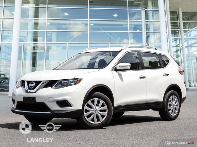 2015 NISSAN ROGUE S in Langley, British Columbia