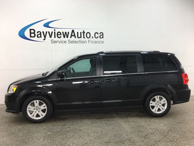 2018 DODGE Grand Caravan Crew - HTD LEATHER! 3 ZONE CLIMATE! STOW 'N GO! NAV! ALLOYS! + MORE! in Belleville, Ontario