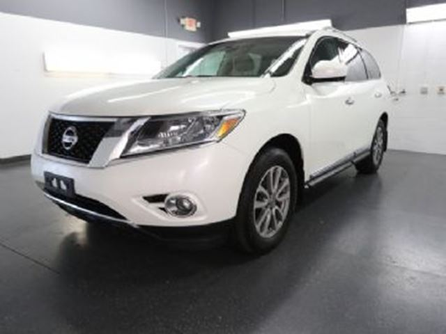 2016 Nissan Pathfinder AWD  SL Tech Package in