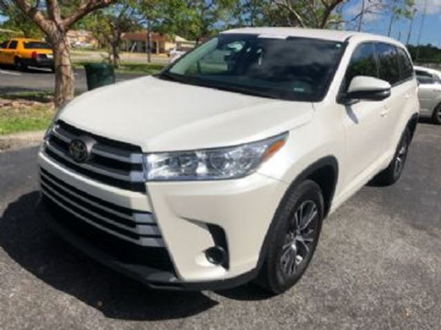 2018 Toyota Highlander AWD XLE in Mississauga, Ontario