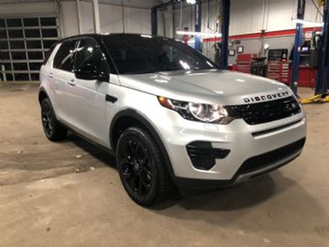 2018 Land Rover Discovery SE AWD, Black pack, Winter pack, 7 seater in
