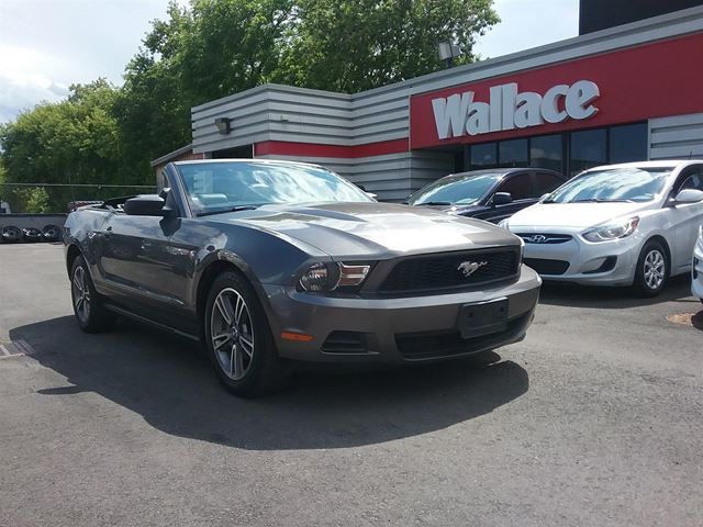 2010 FORD Mustang V6 Convertible in Ottawa, Ontario
