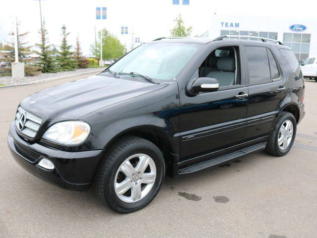 2005 MERCEDES-BENZ M-Class 3.7L CLASSIC, LTHR, SUNROOF, HEATED SEATS in Edmonton, Alberta