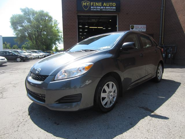 2014 TOYOTA Matrix Automatic / Only 96,000 km / Great shape in Ottawa, Ontario