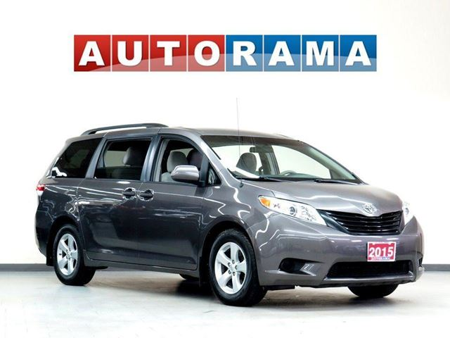 2015 TOYOTA Sienna LE V6 8-Passenger Power Sliding Door Backup Cam in North York, Ontario