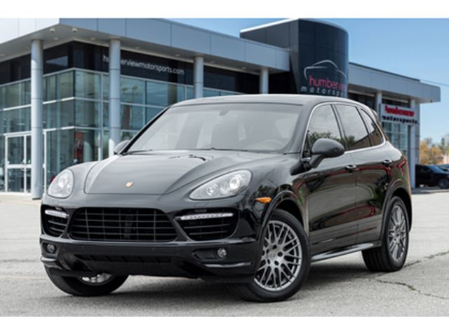2012 PORSCHE CAYENNE Turbo 27000KMS!  NAV PANO ROOF LEATHER REAR TV in Mississauga, Ontario