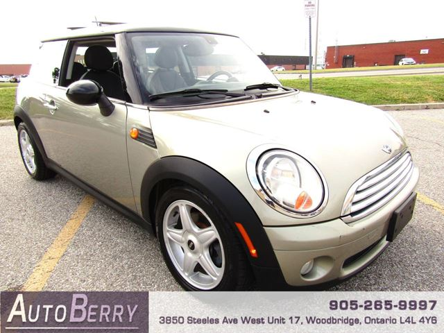 2009 MINI COOPER 1.6L - 6 Speed Manual in Woodbridge, Ontario