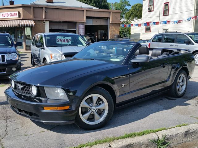 2006 FORD Mustang GT Premium  5spd C/V with leather in St Catharines, Ontario