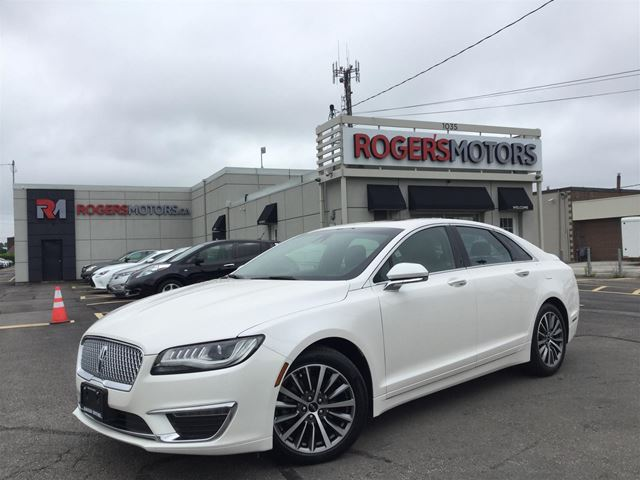 2017 LINCOLN MKZ 2.0T AWD - SUNROOF - CAMERA - LEATHER in Oakville, Ontario
