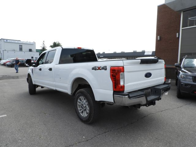 2018 FORD F-250 XLT CREW CAB/REAR CAMERA in Concord, Ontario