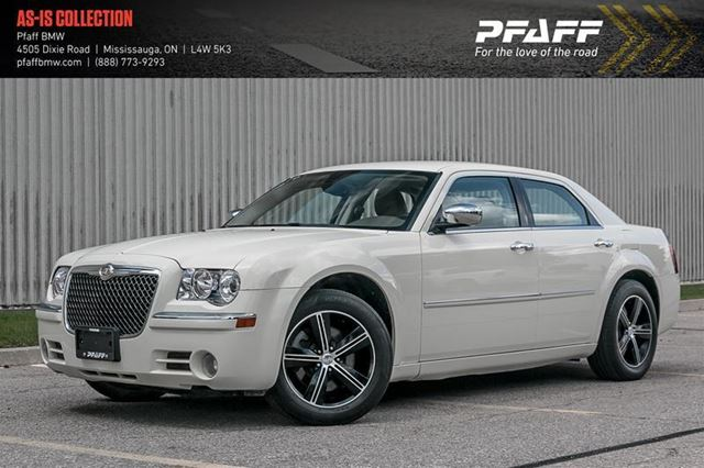 2010 CHRYSLER 300 Limited in Mississauga, Ontario