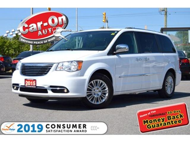 2015 CHRYSLER TOWN AND COUNTRY Limited LEATHER NAV REAR CAM FULLY LOADED in Ottawa, Ontario