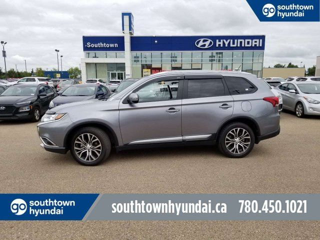 2016 MITSUBISHI Outlander ES/4WD/BACK UP CAM/SUNROOF/LEATHER in Edmonton, Alberta