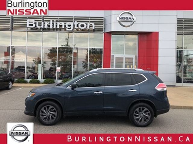 2016 NISSAN Rogue SL, ACCIDENT FREE, 1 OWNER ! in Burlington, Ontario