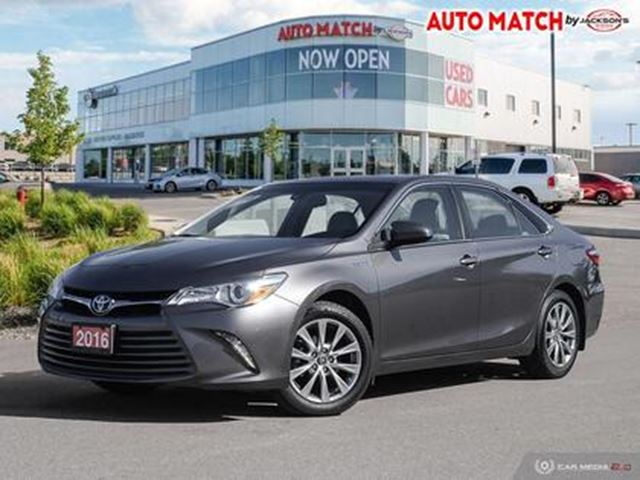 2016 TOYOTA Camry Hybrid XLE in Barrie, Ontario