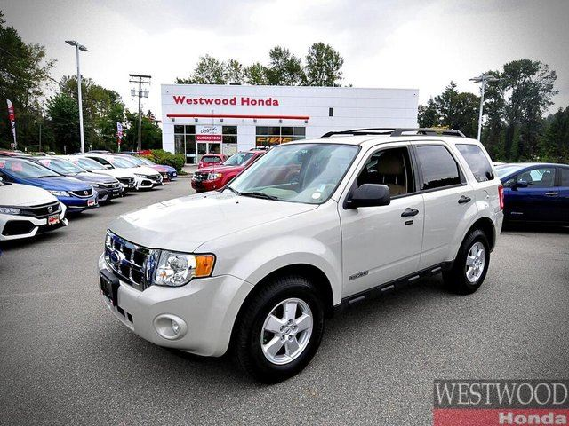 2008 FORD ESCAPE XLT in Port Moody, British Columbia