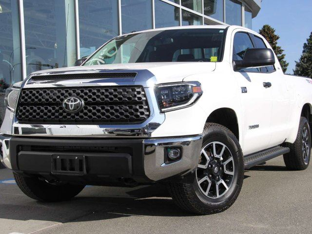 2019 TOYOTA Tundra SR5 Plus 4x4 Double Cab 145.7 in. WB in Kamloops, British Columbia