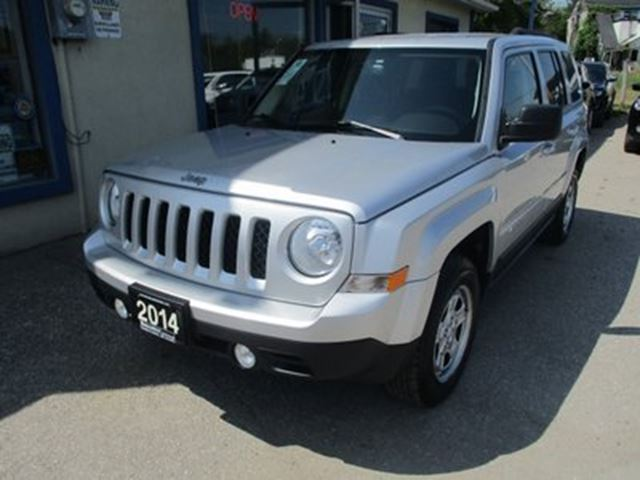 2014 Jeep Patriot GAS SAVING NORTH EDITION 5 PASSENGER 2.4L - DOH in