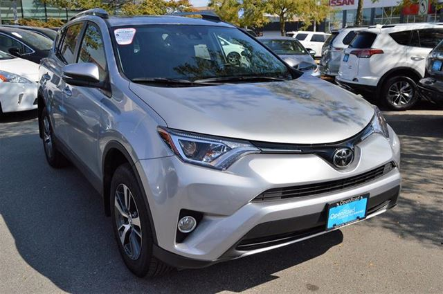 2018 TOYOTA RAV4 AWD XLE in Richmond, British Columbia
