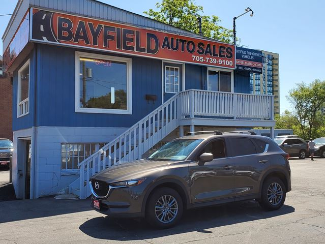 2017 MAZDA CX-5 GX AWD **Navigation/Bluetooth** in Barrie, Ontario