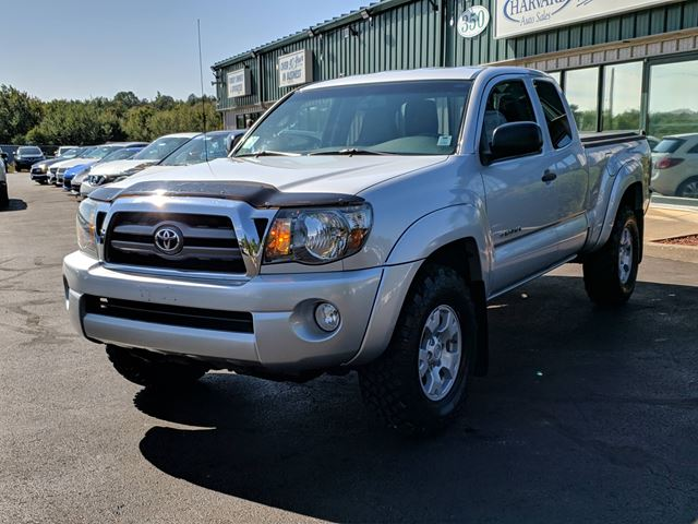 2009 TOYOTA Tacoma V6 PHOTOS AND VEHICLE DETAILS COMING SOON! in Lower Sackville, Nova Scotia